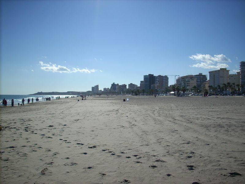 playa de san juan de alicante