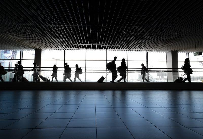 llegada al aeropuerto de estados unidos