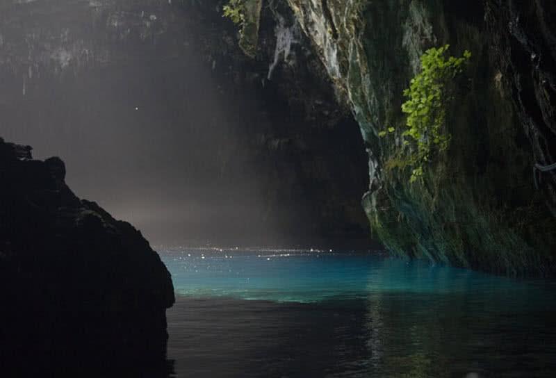 Lago de la cueva melissani