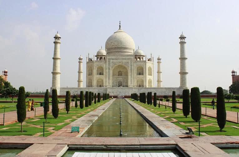 1604314511 277 Los 10 monumentos del amor mas populares del mundo