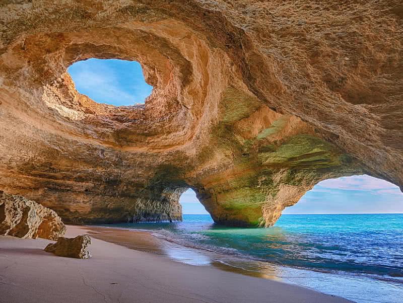 Cueva en Algarve