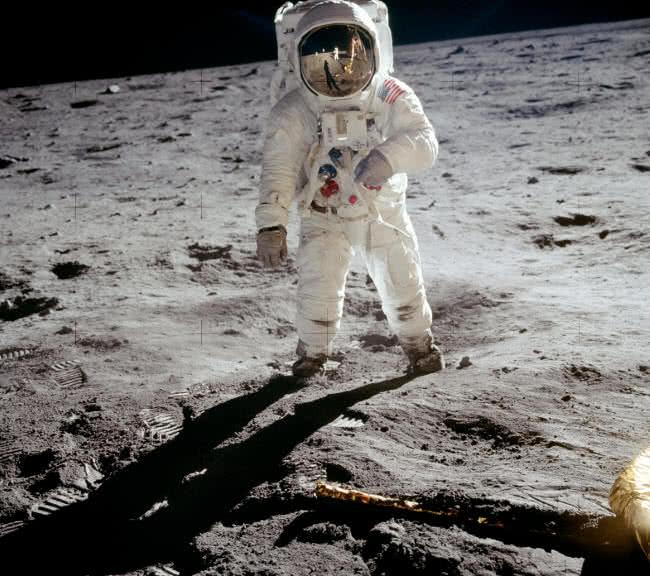1604657894 35 10 momentos iconicos en la historia de la exploracion espacial