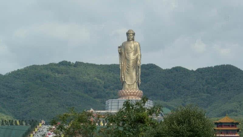 1605560463 919 Las 10 estatuas mas altas del mundo