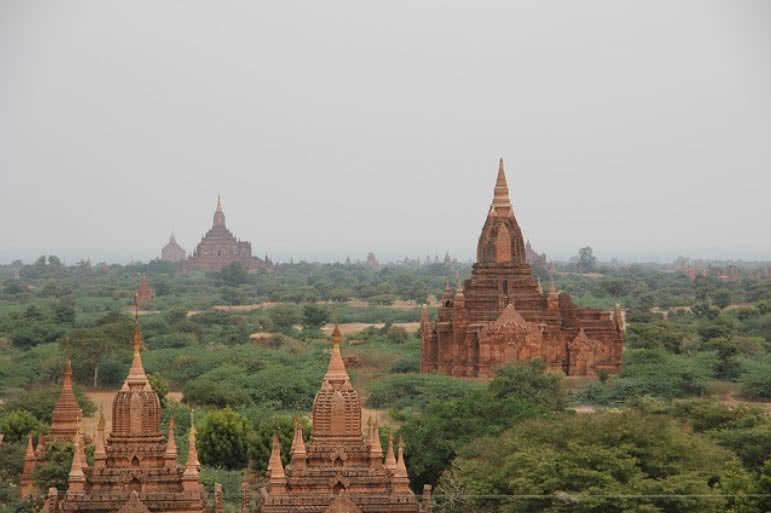 templo de bagan y pagodas