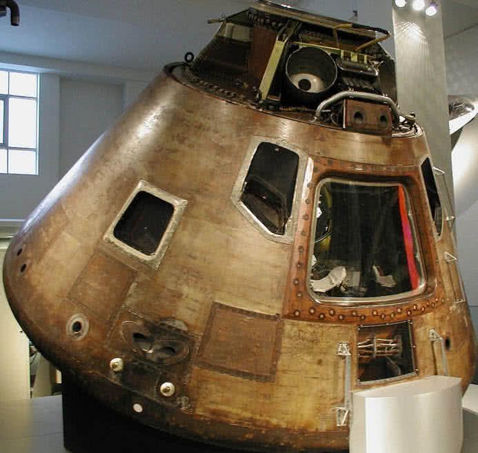 Cápsula del Apolo 10 de la NASA