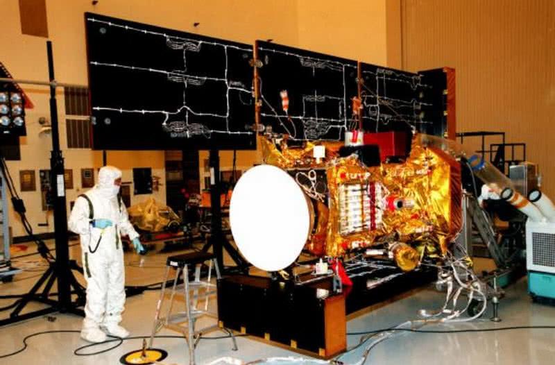 bata espacial de polvo de estrellas de la NASA