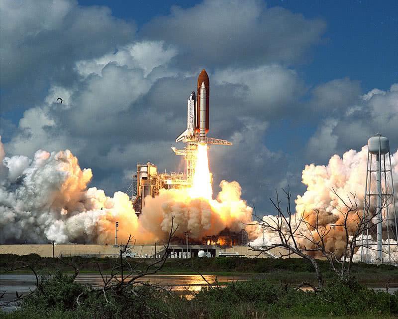 transbordador espacial de descubrimiento de la NASA